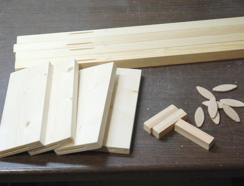 Modulbeine - Holzzuschnitt und Dübel