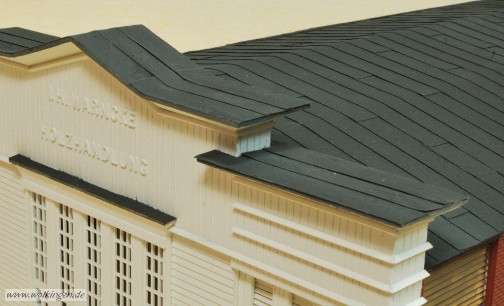 Holzgiebel mit Dachpappe